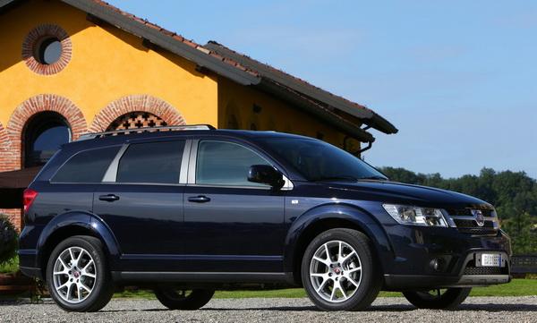 Fiat Freemont-2