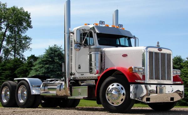Peterbilt грузовик