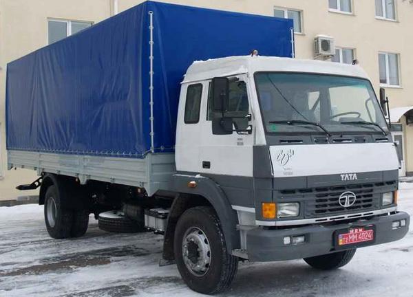 Tata грузовик